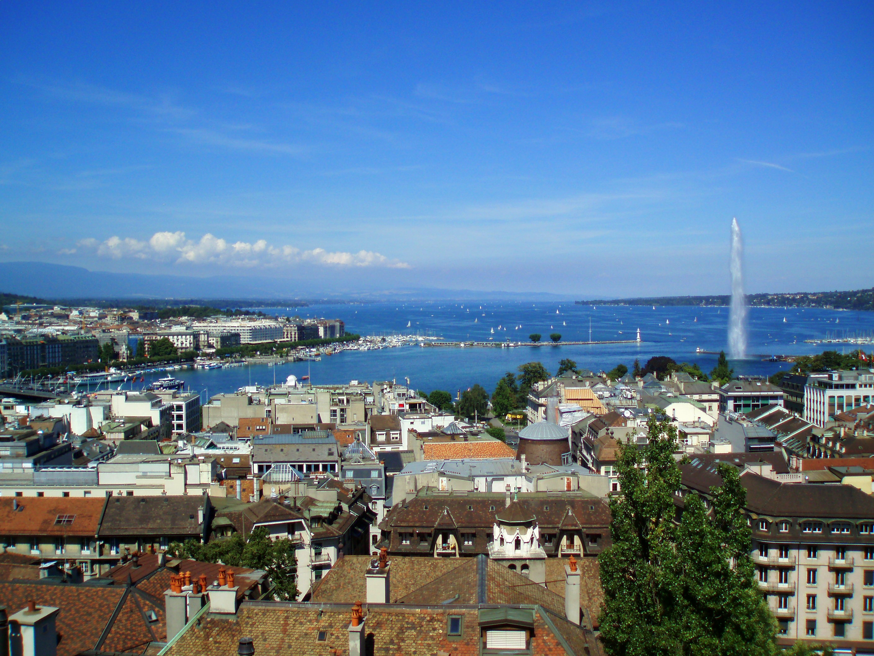 Geneva_From_Cathedral.JPG